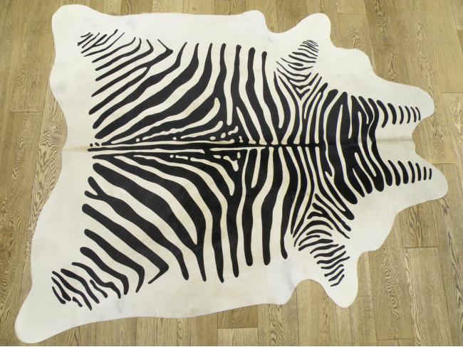 Шкура коровы под зебру белую арт.: 23132