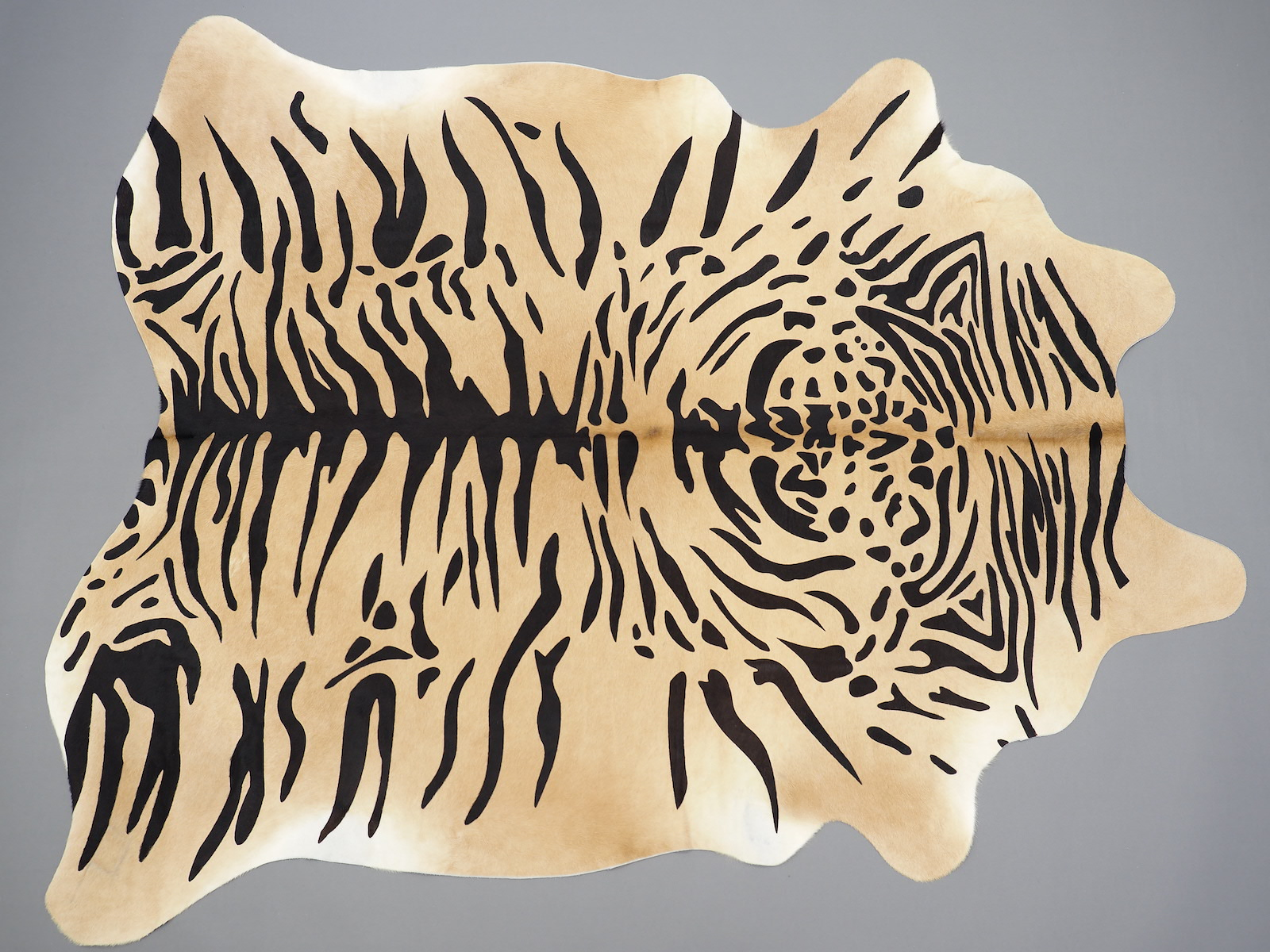 Декоративный ковер-шкура Тигр арт.: 25388
